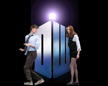PC Amy chases the new Doctor wallpaper